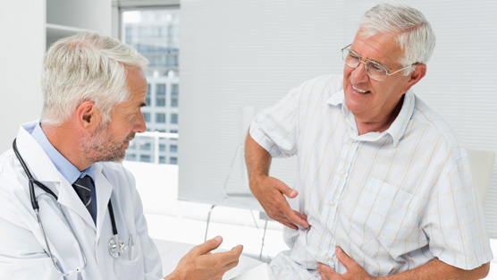 فردی با علایم سرطان پروستات