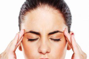 روغن های معطر می توانند رقیق شده و برای از بین بردن سردرد بر روی شقیقه ها یا پیشانی مالیده شوند